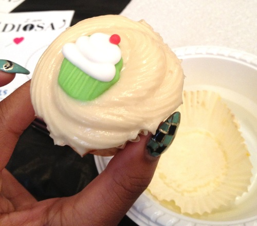 d-day cupcakes