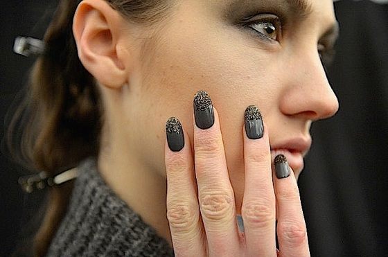 Nicholas k: smoke gray and golden metallic nail polish on these gorgeous glitter-dipped tips : source glamour mag